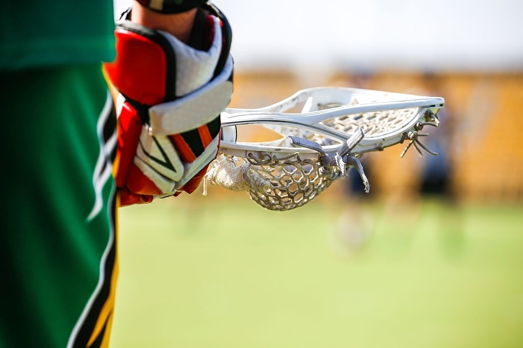 10-Best-Defensive-Lacrosse-Heads-Reviews