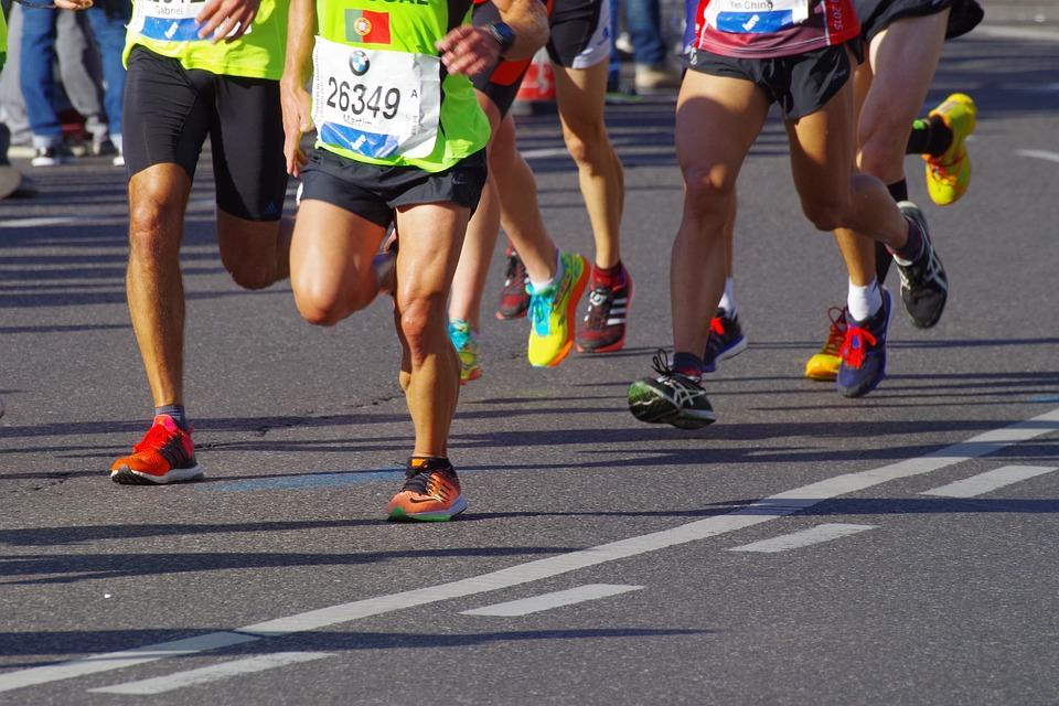 10 Best Running Shoes for Metatarsalgia