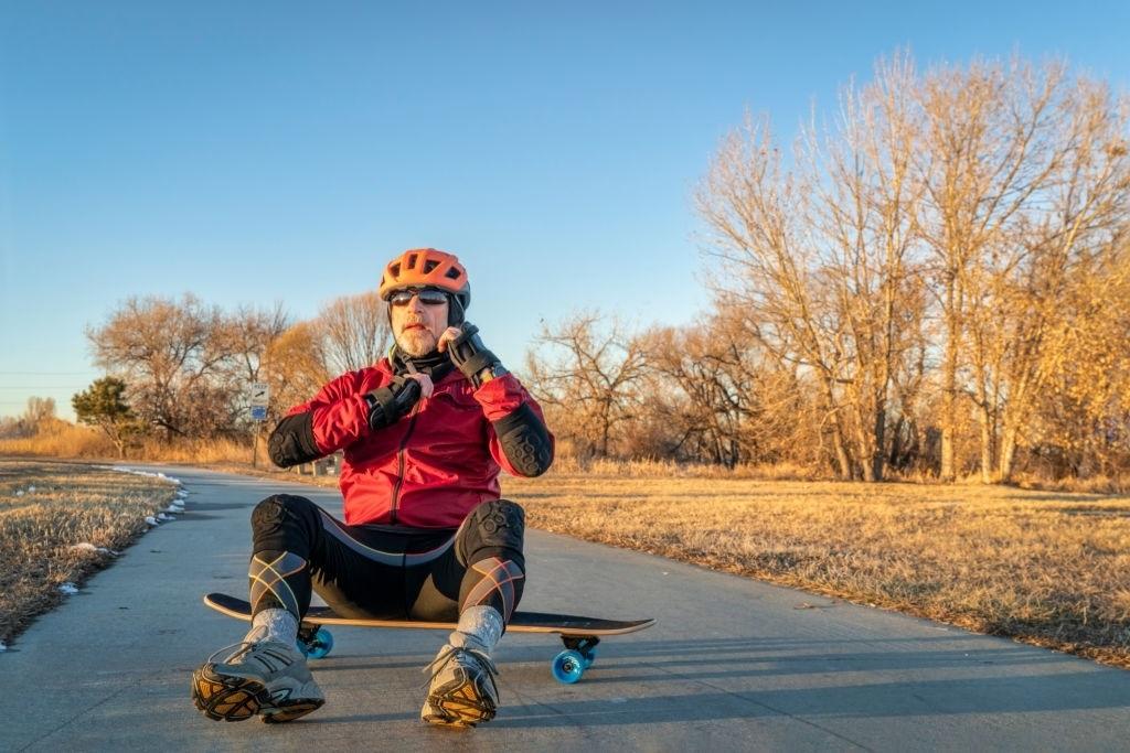 10-Best-Skateboard-Knee-Pads-2020-Reviews