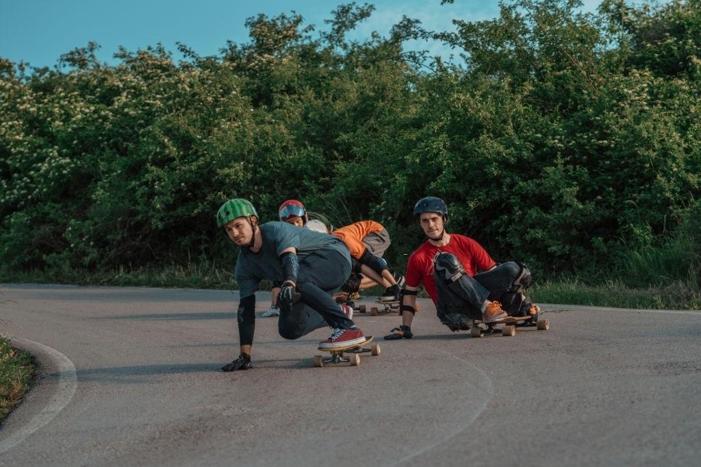 Best-Skateboard-Knee-Pads-2020-Reviews