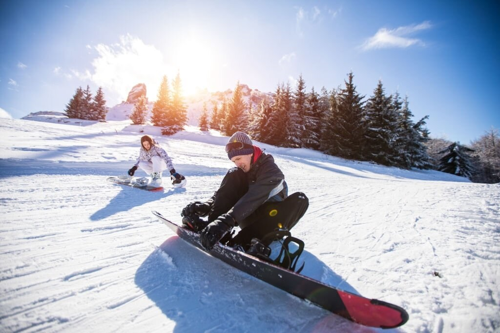 Top-10-Best-Snowboard-Boots-for-Wide-Feet-2020