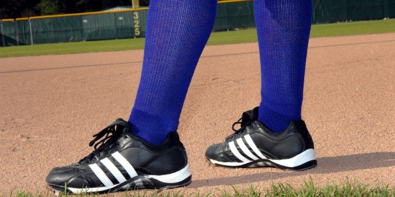 10 Best Baseball Turf Shoes Reviews