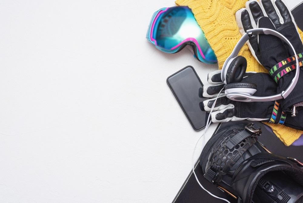 5 Best Headphones for Snowboarding Reviews
